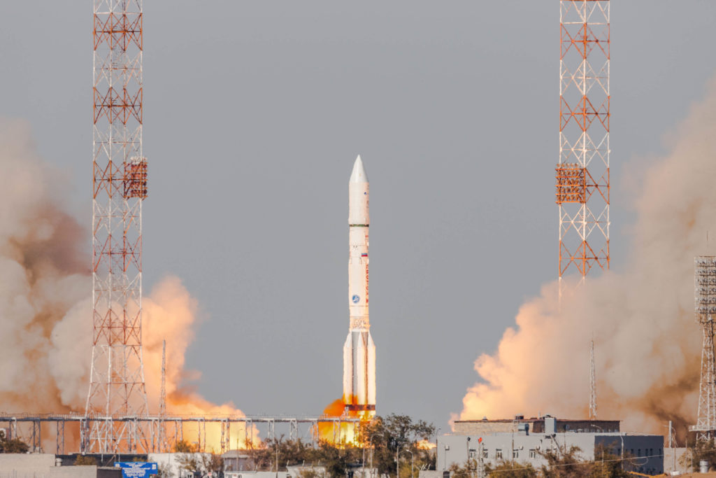 Proton with EUTELSAT 5 West B / MEV-1
