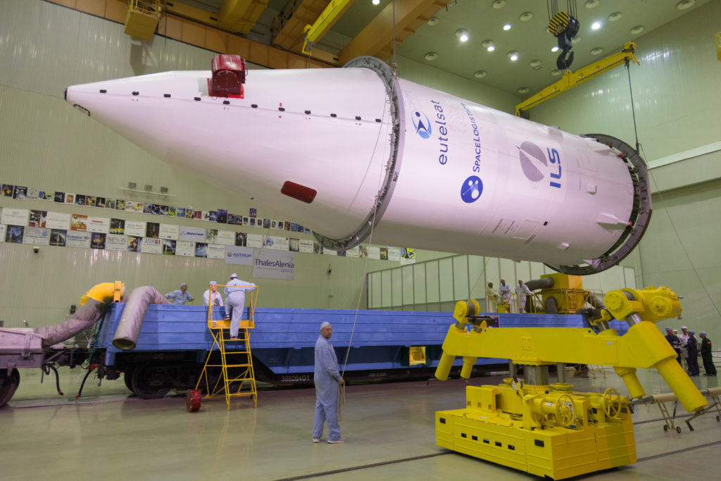 EUTELSAT 5 West B / Mission Extension Vehicle-1